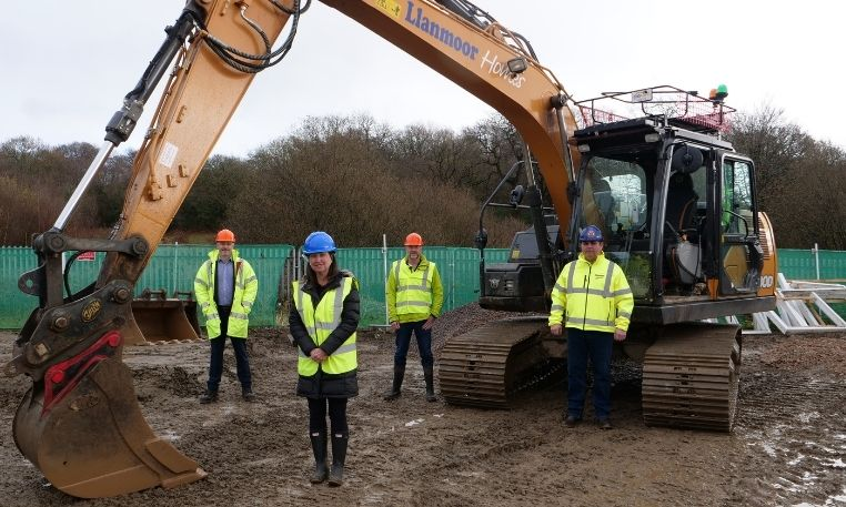 Work begins on first new Caerphilly Council homes
